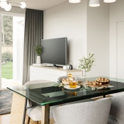 An Open-Plan Minimalist Premise Benefits from Virtual Staging