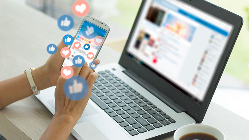 A Person Using Social Networks as a Tool for their Real Estate Marketing
