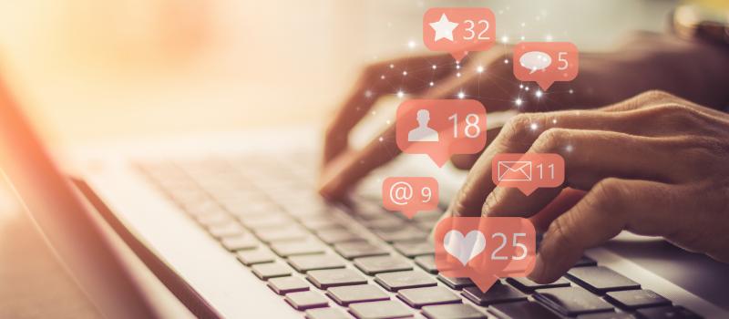 A Real Estate Agent Using Social Media Marketing Tips