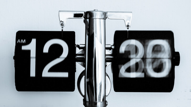 A Clock Showing the Time Real Estate Agents Must Allocate for Virtual Home Staging
